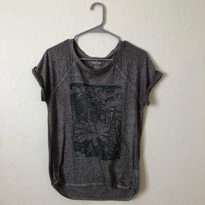 american eagle grey flower shirt